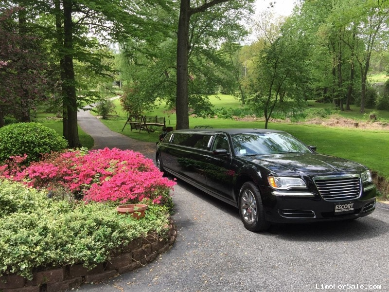Used 2013 Chrysler 300 Sedan Stretch Limo Limo Land by Imperial - Wilmington, Delaware  - $44,999