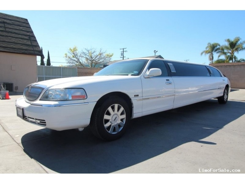 Used 2007 Lincoln Town Car Sedan Stretch Limo Krystal - Buena Park, California - $9,500