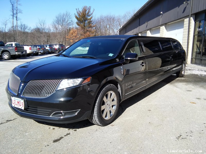 Used 2013 Lincoln MKT Sedan Stretch Limo Executive Coach Builders - Shrewsbury, Massachusetts - $39,695