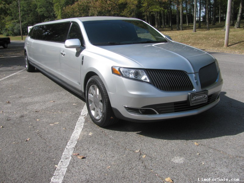 used 2013 lincoln mkt sedan stretch limo royale 49 995 limo for sale. Black Bedroom Furniture Sets. Home Design Ideas