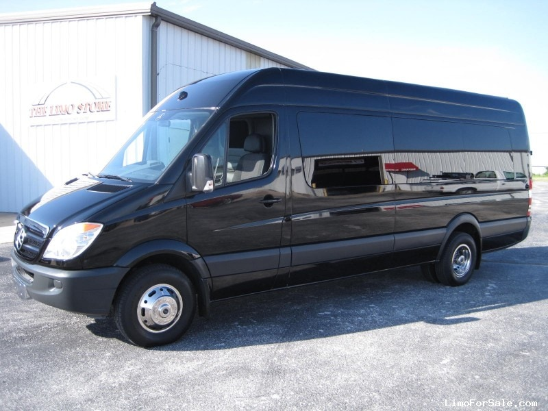 Used 2008 mercedes benz sprinter van limo la custom coach for Custom mercedes benz for sale