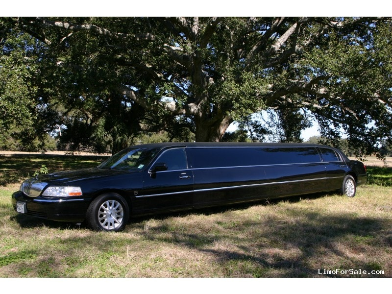 Used 2007 Lincoln Town Car Sedan Stretch Limo VIP Coachworks - Metairie, Louisiana - $19,000