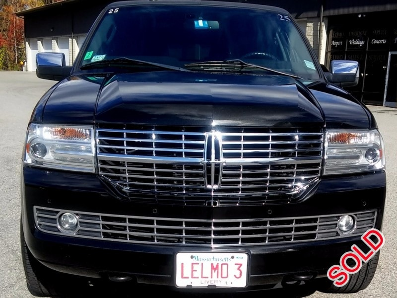 used 2012 lincoln navigator suv stretch limo royal coach. Black Bedroom Furniture Sets. Home Design Ideas