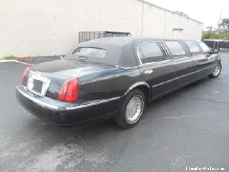 Used 2001 Lincoln Town Car Sedan Stretch Limo Executive Coach