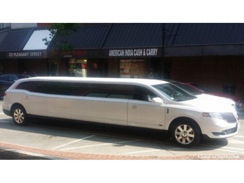 Used 2014 Lincoln MKT Sedan Stretch Limo Royale - Malden, Massachusetts - $44,999