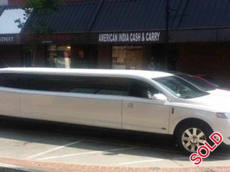 Used 2014 Lincoln MKT Sedan Stretch Limo Royale - Malden, Massachusetts - $39,999