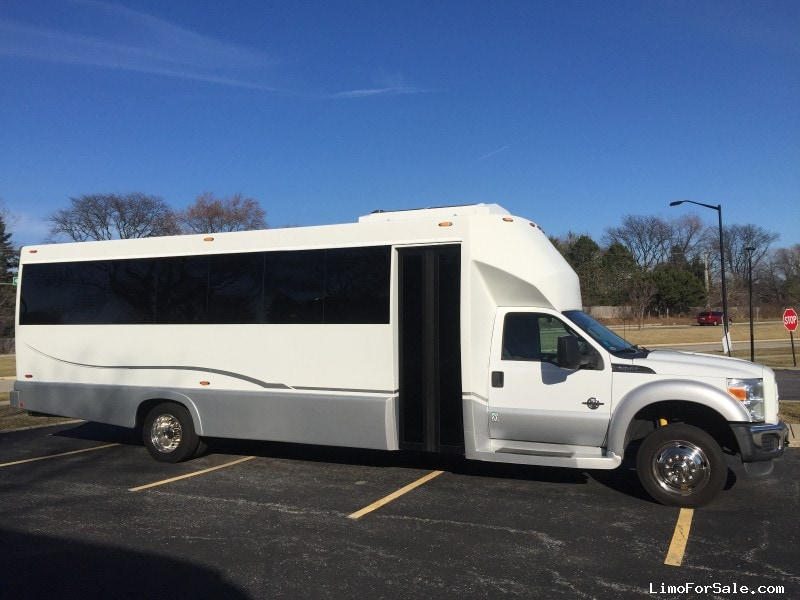 Used 2012 Ford F-550 Mini Bus Limo Tiffany Coachworks - rolling meadows, Illinois - $64,900