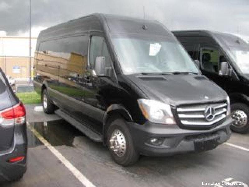 Used 2014 Mercedes-Benz Van Shuttle / Tour Royale, Florida - $54,500