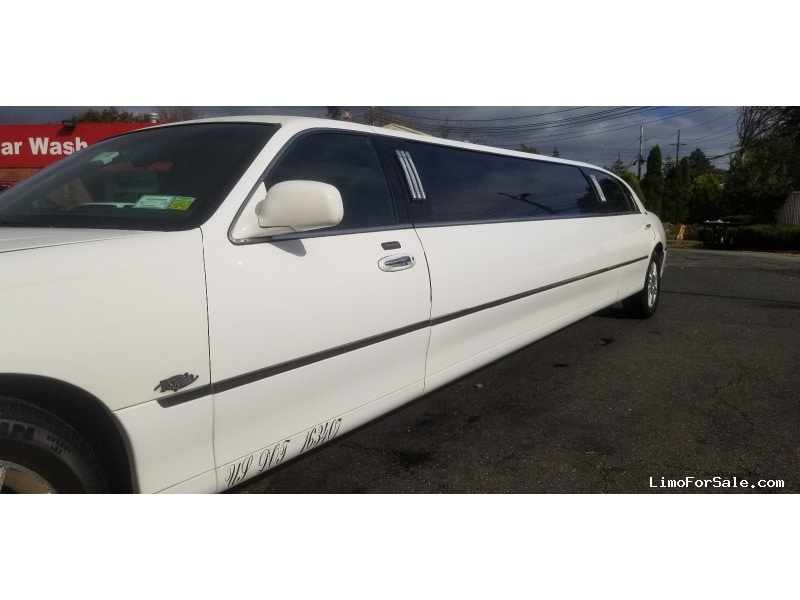 Used 2010 Lincoln Sedan Stretch Limo Royale - Long Island, New York    - $12,500