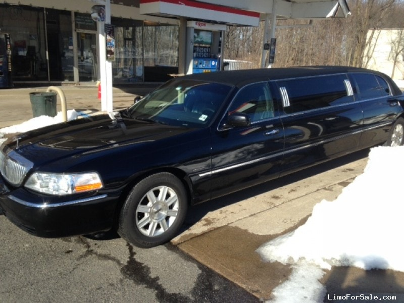 Used 2011 Lincoln Sedan Stretch Limo Krystal - $6,000
