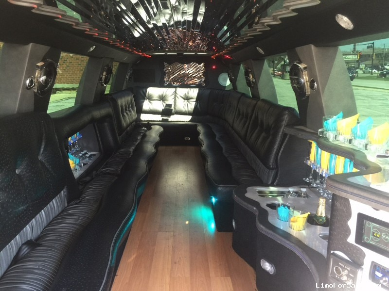 Used 2007 Cadillac SUV Limo Lime Lite Coach Works - Glenview, Illinois - $27,900