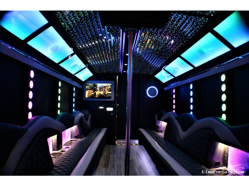 New 2017 Ford E-450 Mini Bus Limo Springfield - springfield, Missouri - $85,000