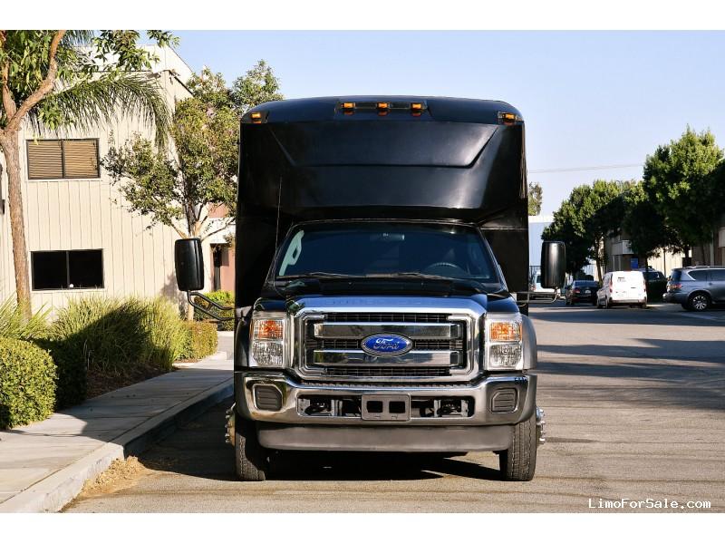 Used 2012 Ford F-550 Mini Bus Shuttle / Tour LGE Coachworks - Fontana, California - $64,995