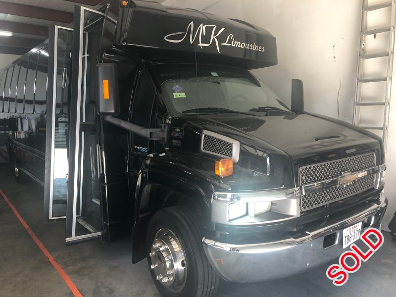 Used 2007 Chevrolet C5500 Mini Bus Limo Turtle Top - Tomball, Texas - $18,995
