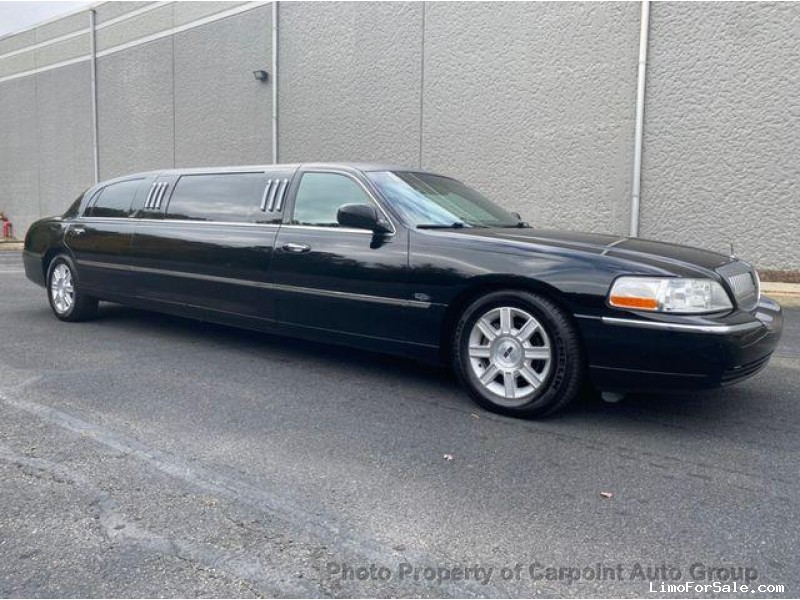 Used 2009 Lincoln Town Car Sedan Stretch Limo  - South River, New Jersey    - $14,991