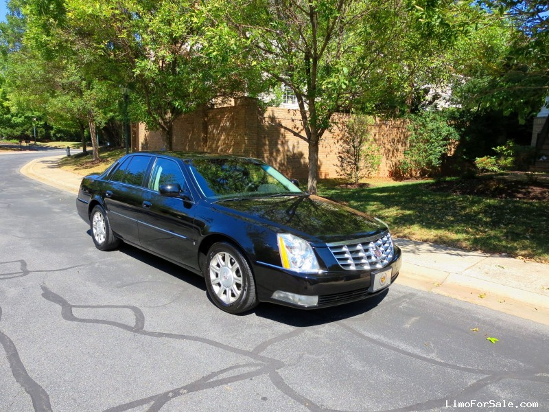 used 2010 cadillac dts sedan limo washington district of columbia 8 995 limo for sale. Black Bedroom Furniture Sets. Home Design Ideas