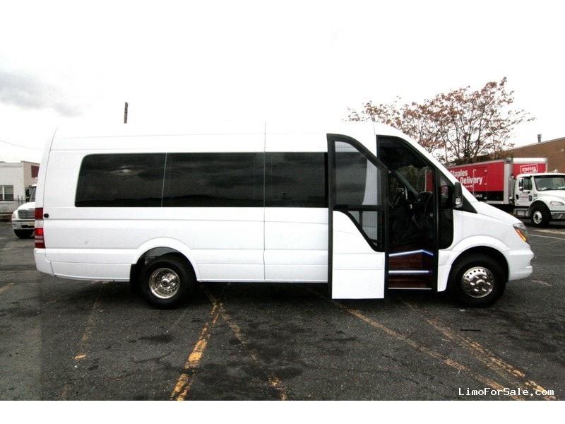 New 2014 mercedes benz sprinter van shuttle tour hq for Mercedes benz sprinter custom