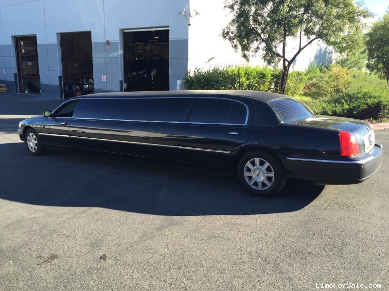 used 2011 lincoln town car sedan stretch limo tiffany coachworks riverside california. Black Bedroom Furniture Sets. Home Design Ideas