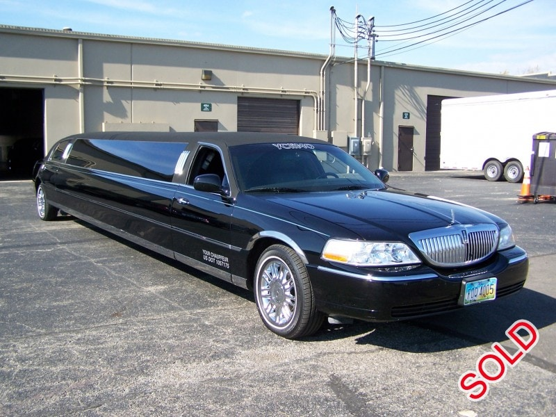 Used 2006 Lincoln Town Car Sedan Stretch Limo Royal Coach Builders - cincinnati, Ohio - $26,000