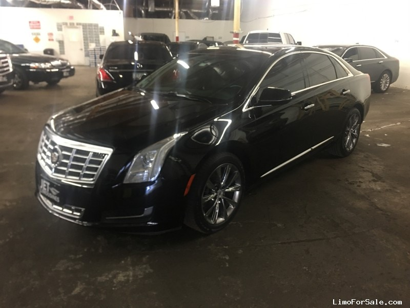 Used 2014 Cadillac XTS Sedan Limo  - Phoenix, Arizona  - $22,000