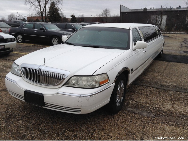 Used 2007 Lincoln Town Car Sedan Stretch Limo Tiffany Coachworks - Winona, Minnesota - $16,000