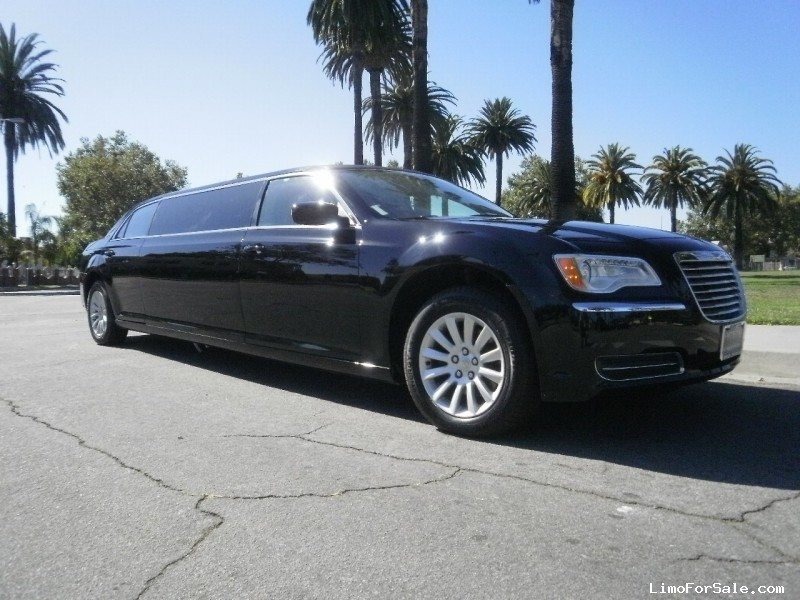 Used 2012 Chrysler 300 Sedan Stretch Limo  - Los angeles, California - $32,995