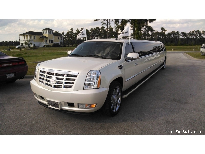 Used 2008 Cadillac Escalade ESV SUV Stretch Limo Pinnacle Limousine Manufacturing - Merritt, North Carolina    - $57,000