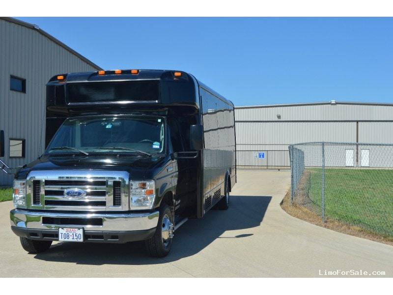 Used 2014 Ford E-450 Mini Bus Shuttle / Tour Glaval Bus - ARLINGTON, Texas - $42,000