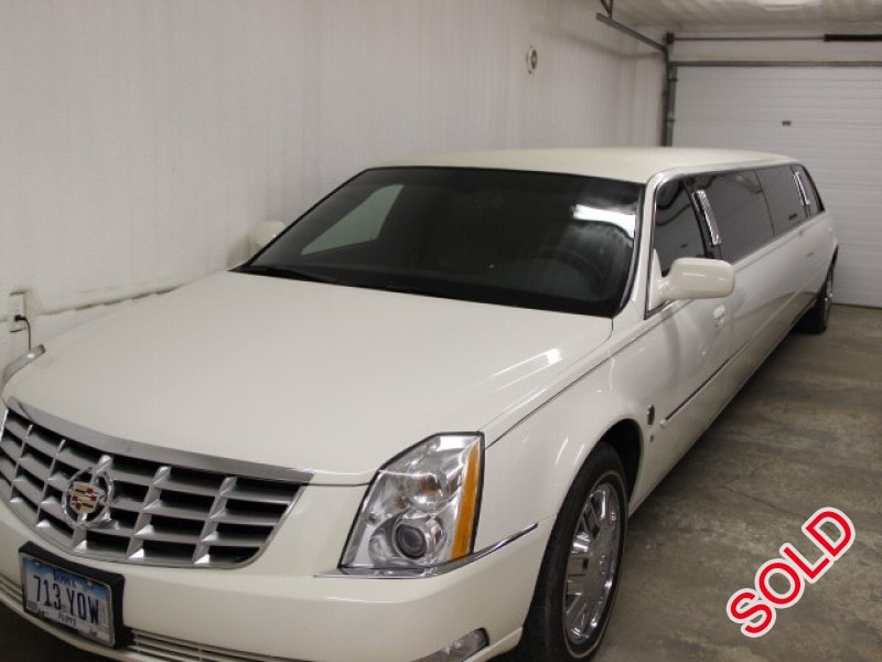 used 2007 cadillac dts sedan stretch limo federal nora springs iowa 31 950 limo for sale. Black Bedroom Furniture Sets. Home Design Ideas