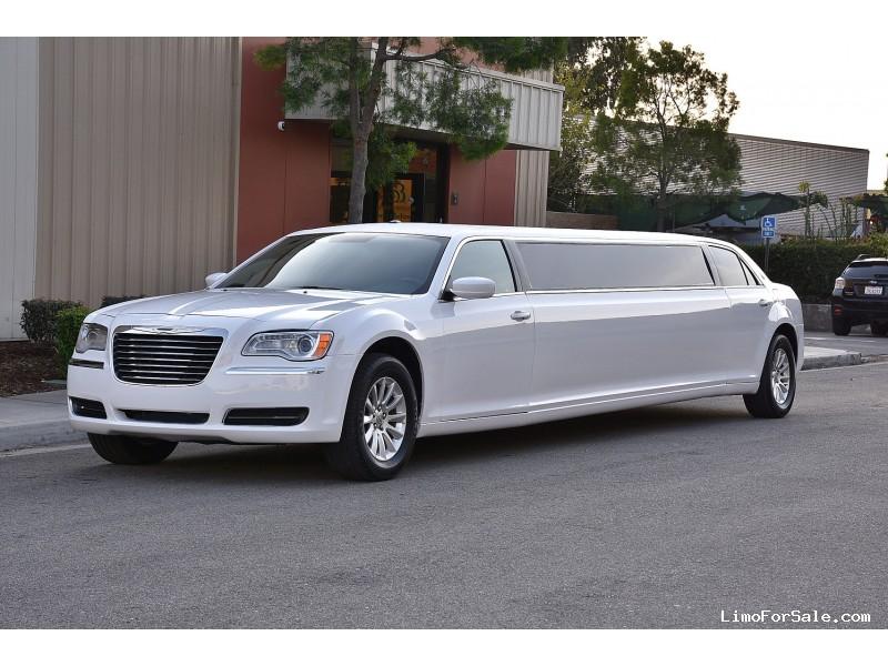 Used 2013 Chrysler 300 Sedan Stretch Limo Imperial Coachworks - Fontana, California - $45,900