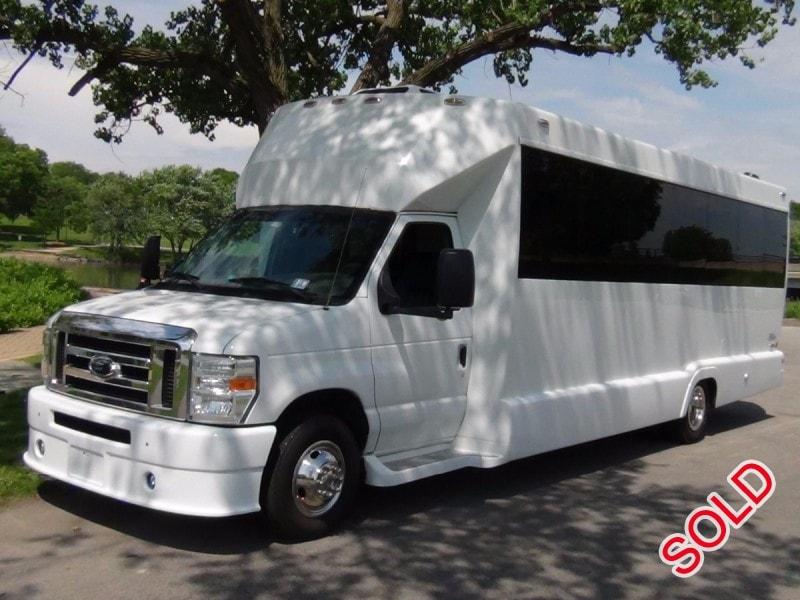 Used 2008 Ford E-450 Mini Bus Limo Tiffany Coachworks - $48,500