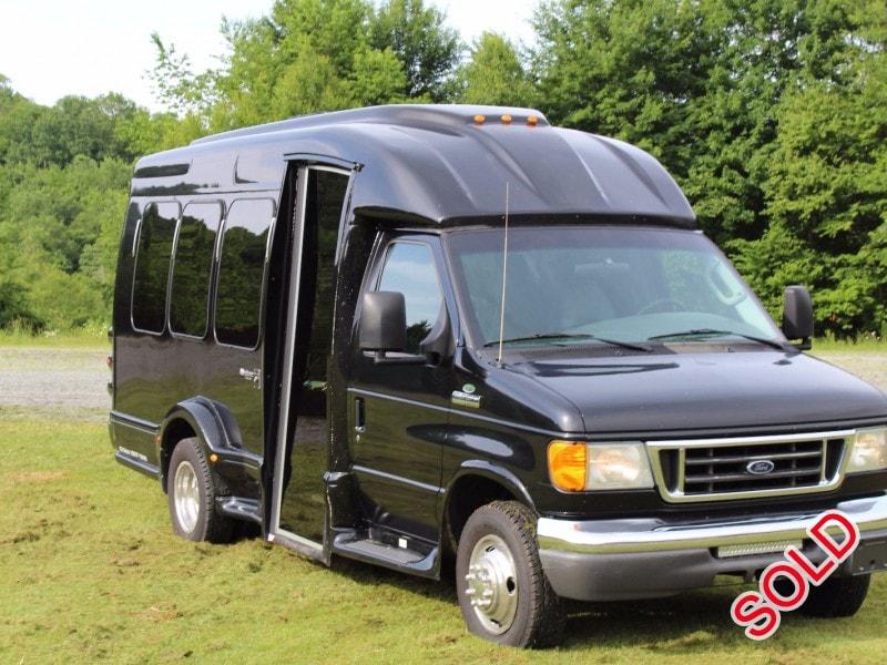 Used 2006 Ford E-350 Van Shuttle / Tour Turtle Top - Banner Elk, North  Carolina - $9,500