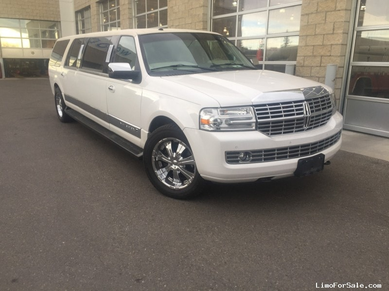 Used 2011 Lincoln Navigator L SUV Stretch Limo Executive Coach Builders - CALGARY, Alberta   - $39,800