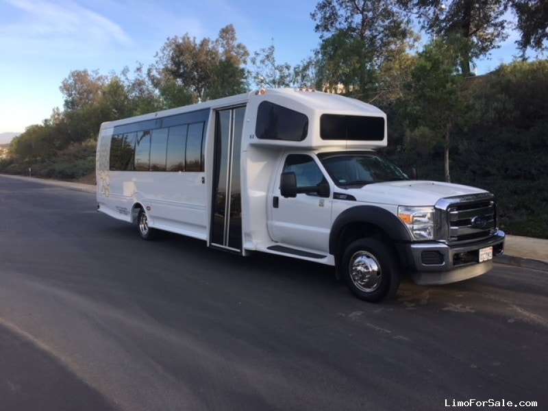 Used 2013 Ford Mini Bus Shuttle / Tour Turtle Top - Riverside, California - $39,900