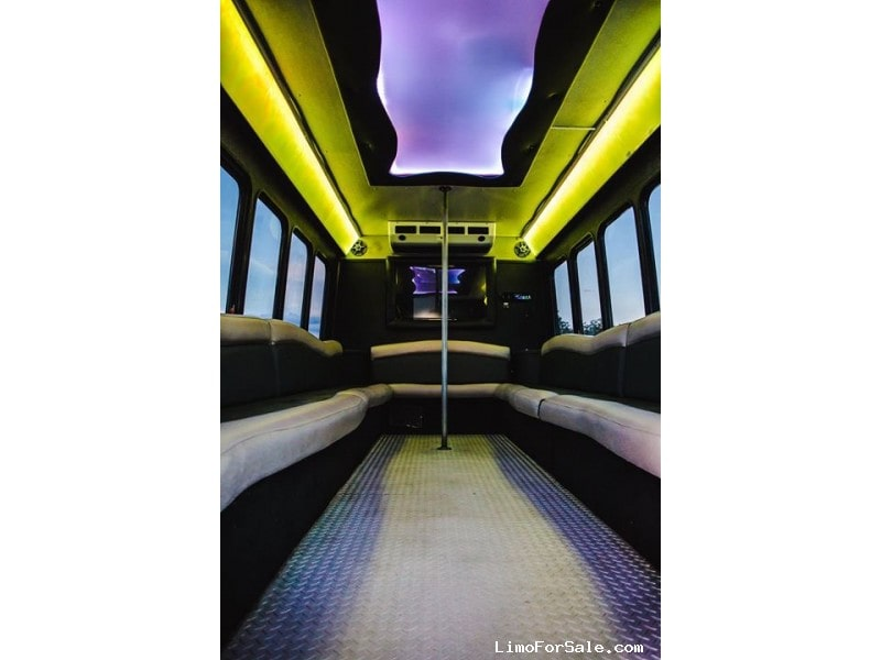 Used 2007 Ford E-450 Mini Bus Limo  - Fond Du lac, Wisconsin - $19,000