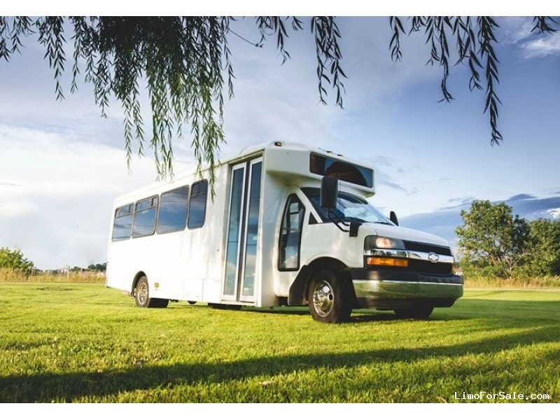 Used 2012 Chevrolet G4500 Mini Bus Limo  - Fond Du lac, Wisconsin - $21,000
