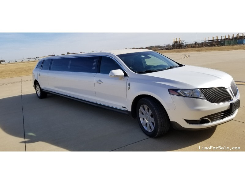 Used 2014 Lincoln MKT Sedan Stretch Limo Executive Coach Builders - Ponca City, Oklahoma - $43,500