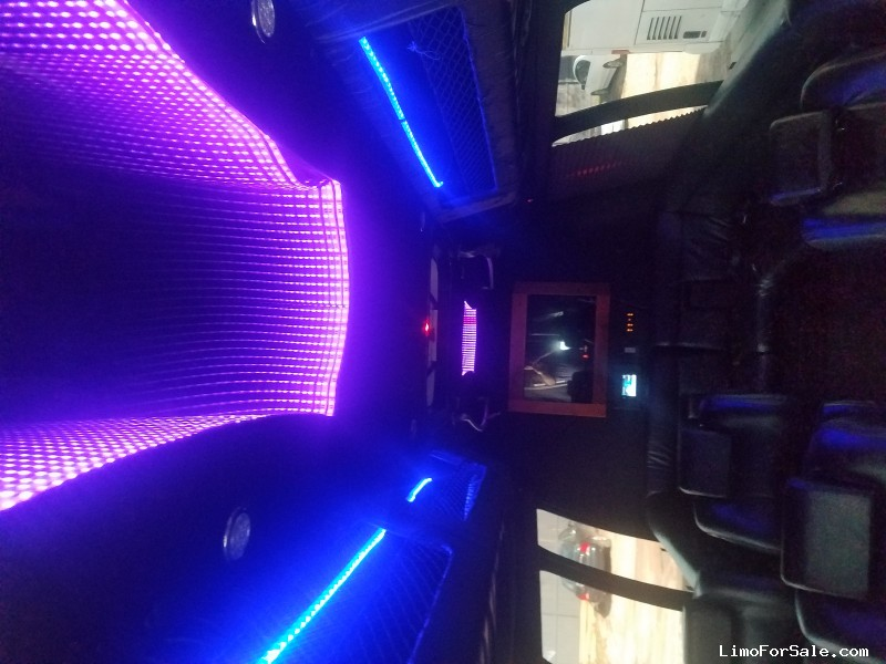 Used 2011 Ford E-450 Mini Bus Limo Ameritrans - Houston, Texas - $26,900