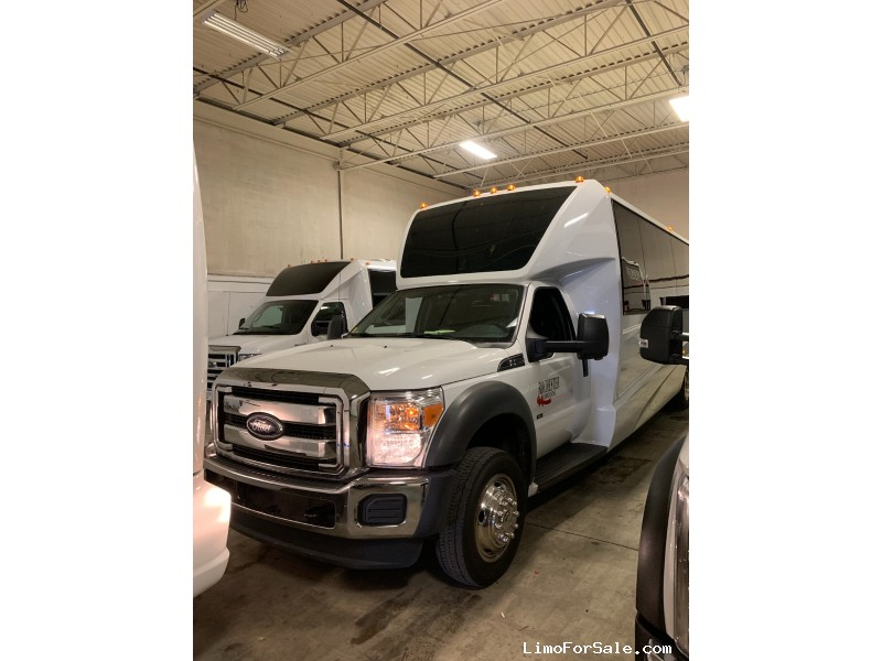 Used 2017 Ford E-450 Mini Bus Limo Grech Motors - pontiac, Michigan