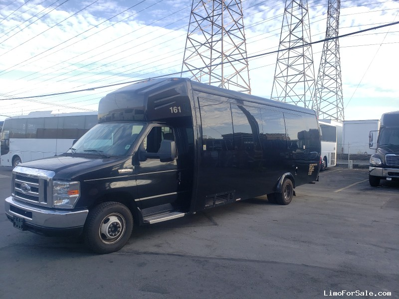 Used 2016 Ford E-450 Mini Bus Shuttle / Tour Ameritrans - Burlingame, California - $35,000