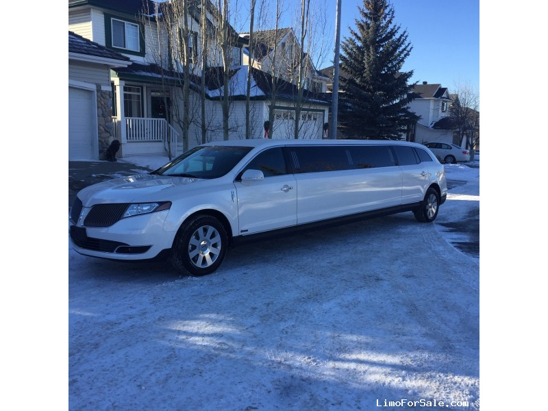 New 2017 Lincoln MKT SUV Stretch Limo Executive Coach Builders - Calgary, Alberta   - $72,900