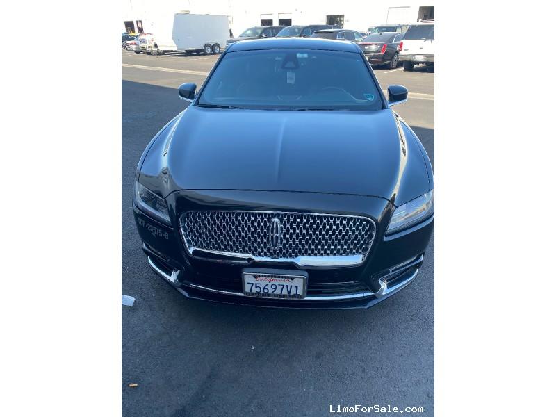 Used 2017 Lincoln MKT Sedan Limo OEM - Orange, California - $15,800