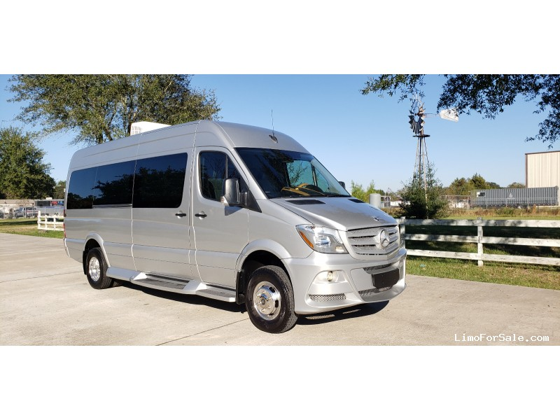 Used 2015 Mercedes-Benz Sprinter Van Limo  - Cypress, Texas - $83,000