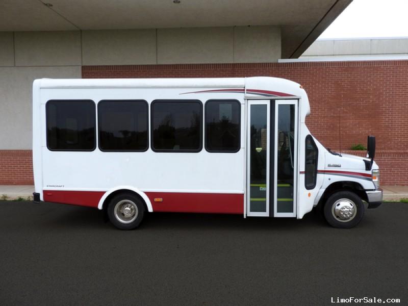 Used 2016 Ford E-350 Mini Bus Shuttle / Tour Starcraft Bus - Kankakee, Illinois - $45,900