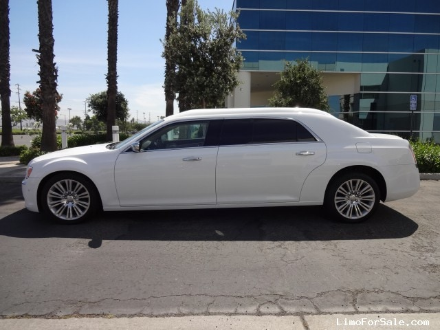 New 2014 Chrysler 300 Sedan Limo Specialty Conversions - Anaheim ...