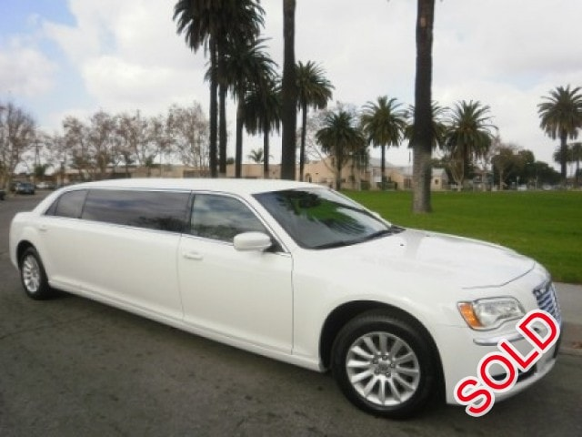 Used 2014 Chrysler 300 Sedan Stretch Limo American Limousine Sales - Los angeles, California - $62,995