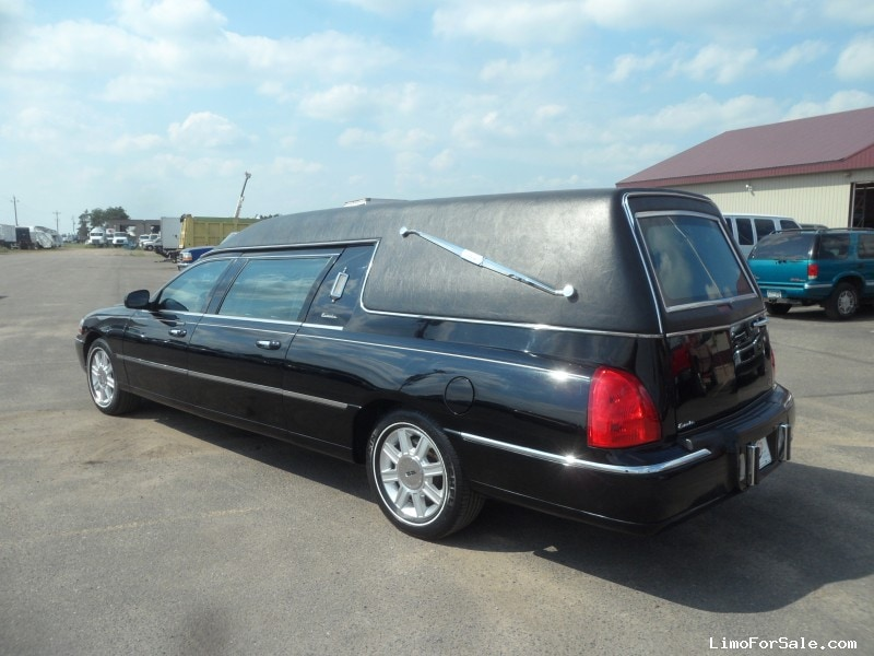 used 2007 lincoln town car funeral hearse accubuilt rice minnesota 34 500 limo for sale. Black Bedroom Furniture Sets. Home Design Ideas