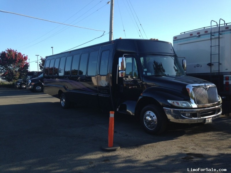 Used 2007 International 3200 Mini Bus Shuttle / Tour Krystal - Napa, California - $34,999