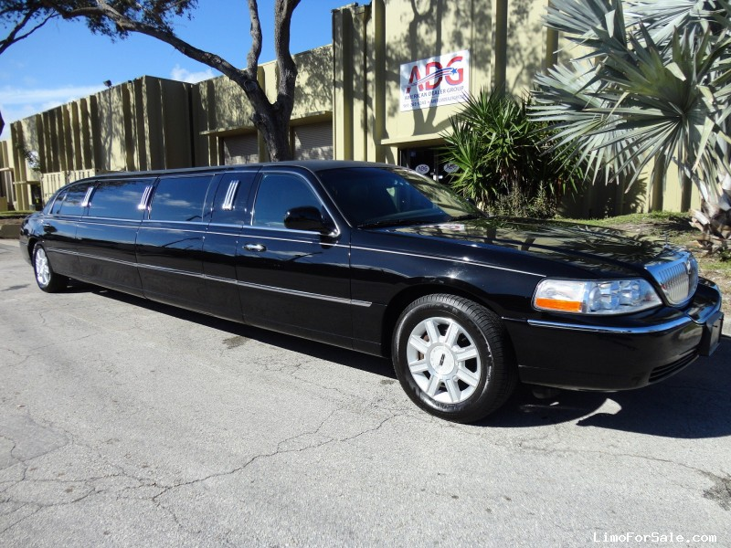 used 2011 lincoln town car l sedan stretch limo dabryan delray beach florida 44 950 limo. Black Bedroom Furniture Sets. Home Design Ideas