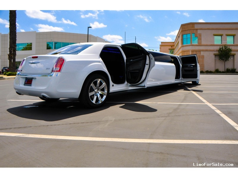 New 2014 Chrysler 300 Sedan Stretch Limo Specialty Conversions - Irvine, California - $68,000